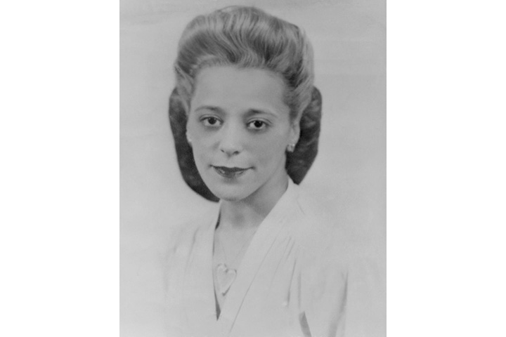 Viola Desmond poses for a portrait in 1940.
