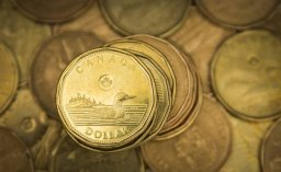 Continue reading: Canadian dollar soars, briefly touches 2-year high after rate hike