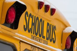 Continue reading: Saskatoon school bus services cancelled in wake of snow storm