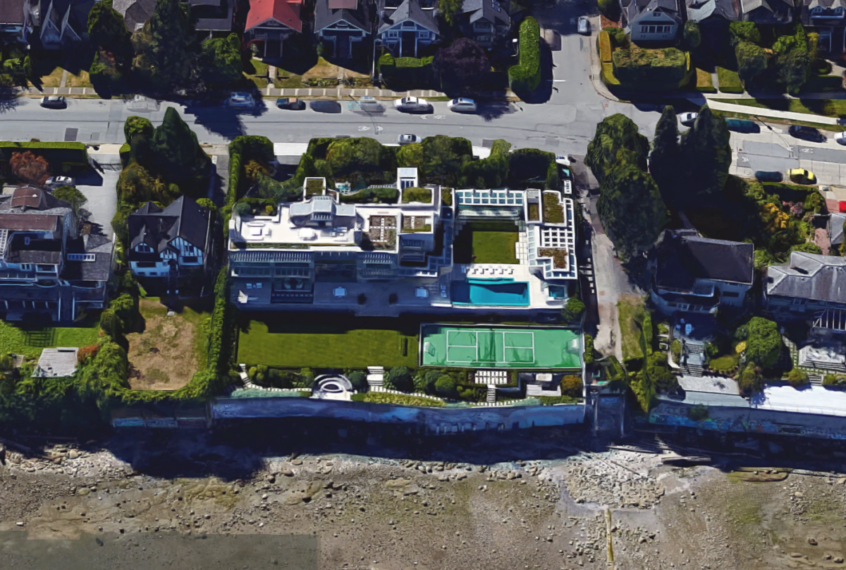 Chip Wilson's home as seen through satellite imagery.