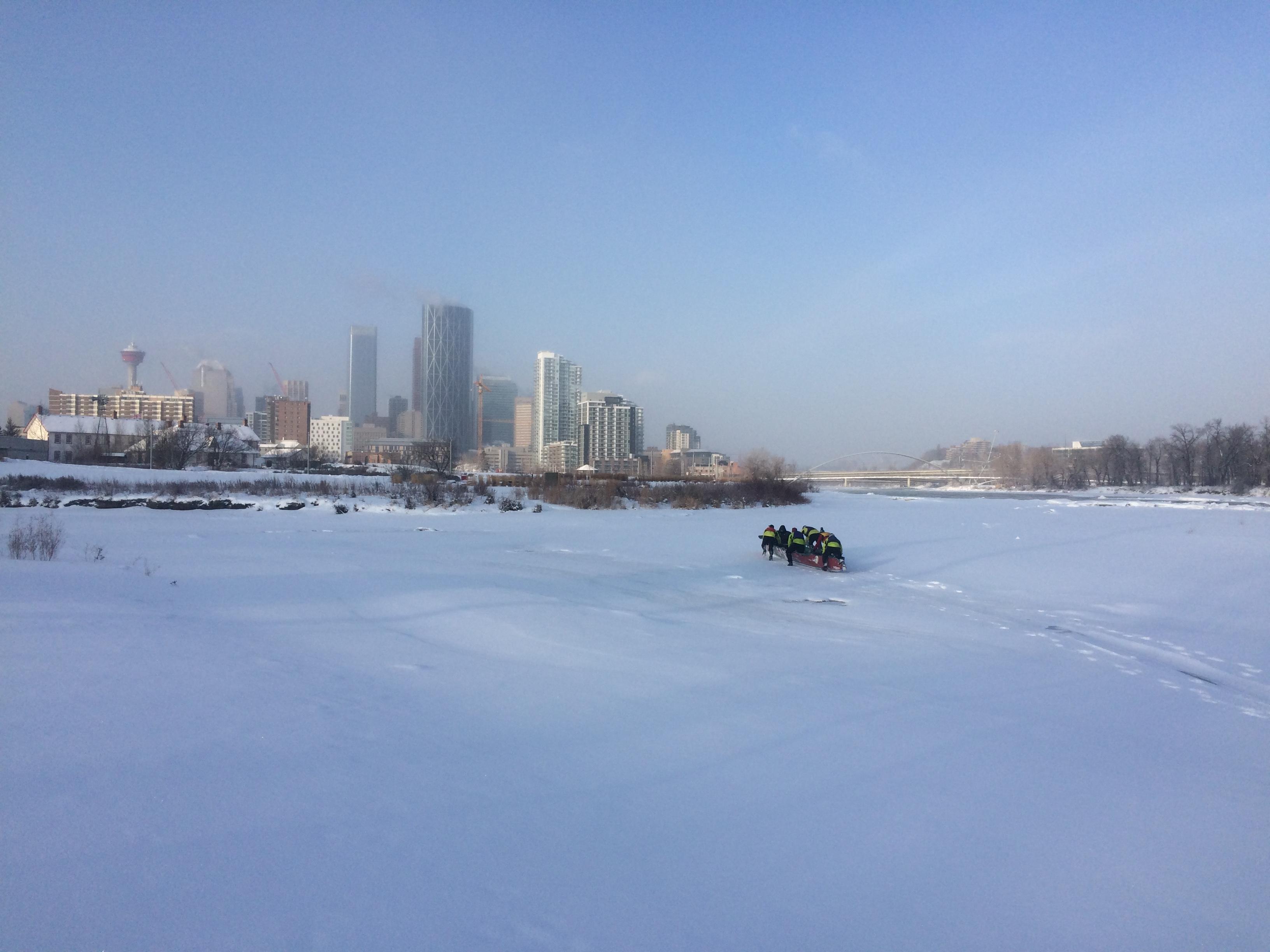 ice-canoe-2