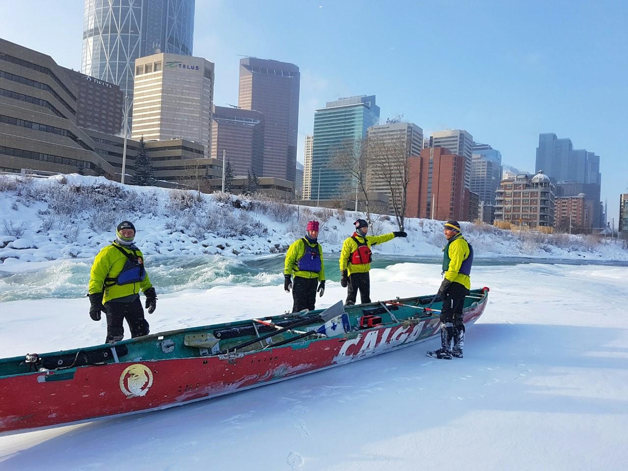 ice-canoe-4