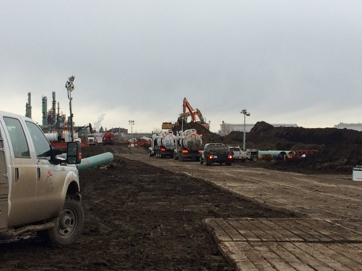 Enbridge crews respond to a pipeline spill in Strathcona County Saturday, Feb. 18, 2017.