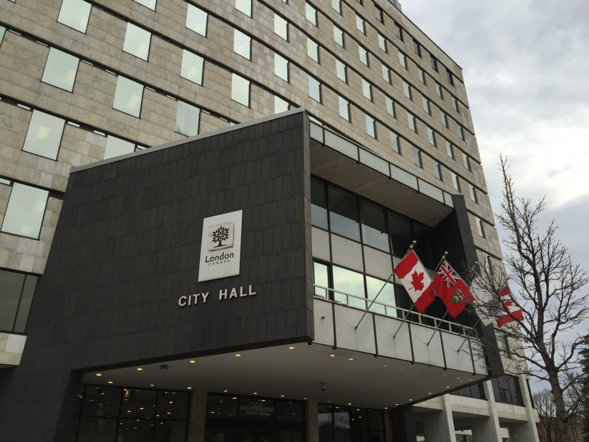 London councillors have asked city staff to prepare a draft bylaw regulating tow truck drivers.