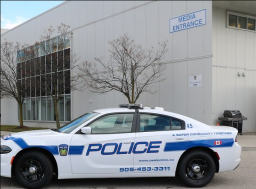 Continue reading: 2 arrested in Mississauga after loaded firearm found during traffic stop