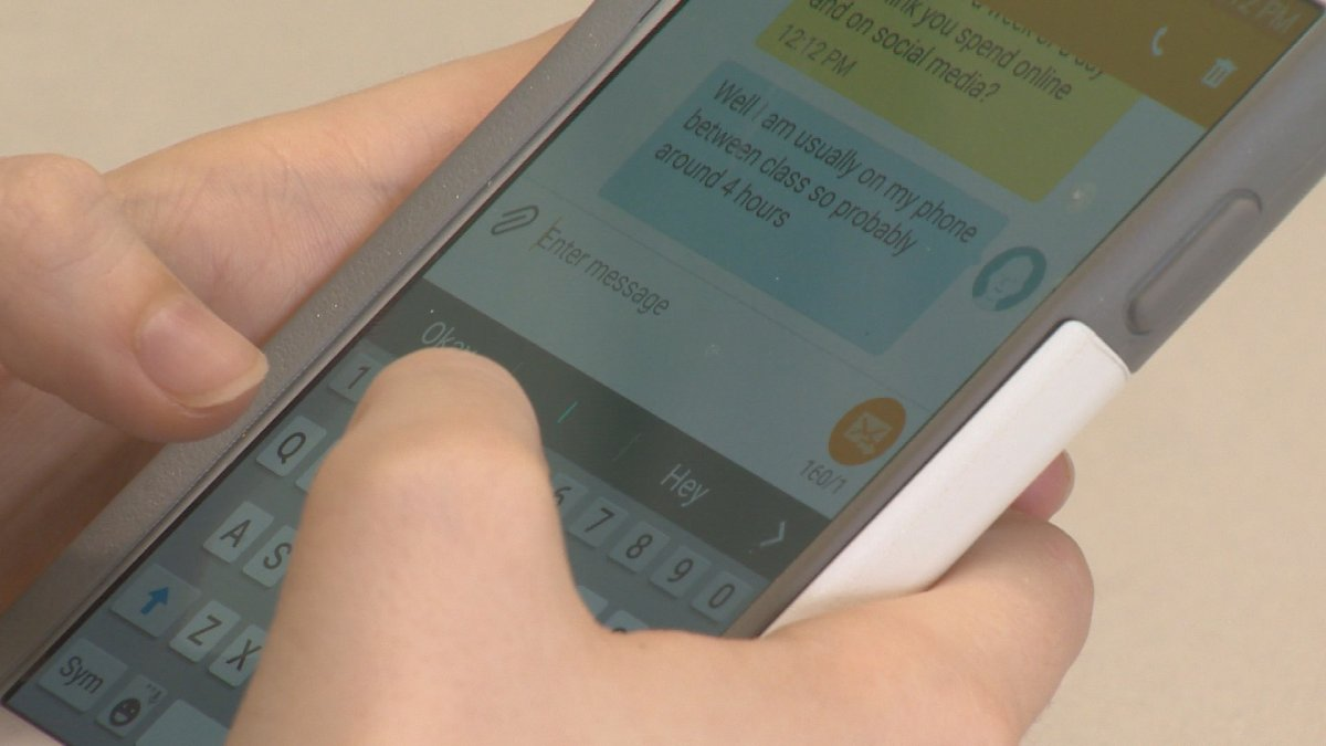 About four in 10 young Canadians have sent a sext and more than six in 10 have received one.