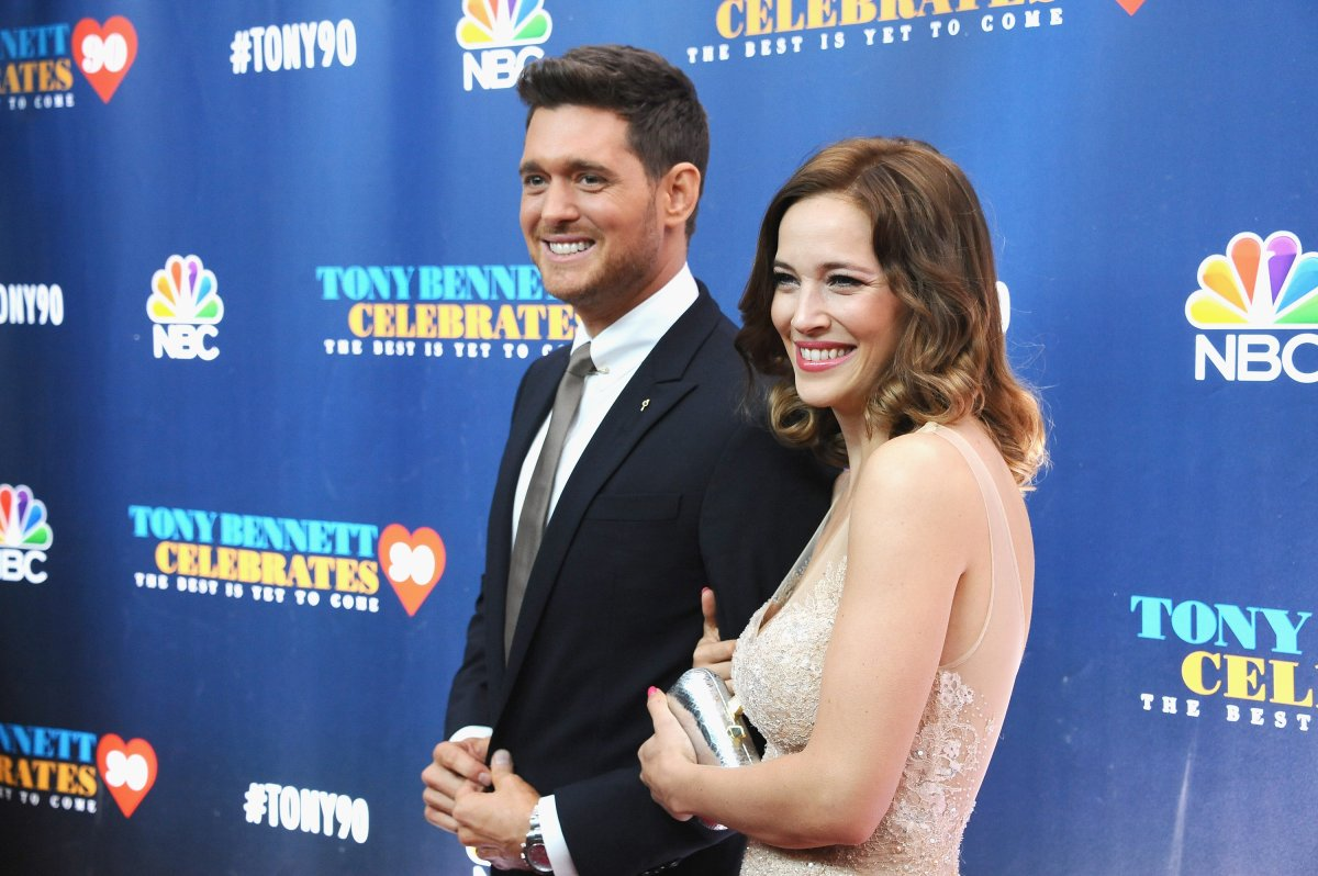 Singer Michael Bublé and his wife singer/actress Luisana Lopilato.