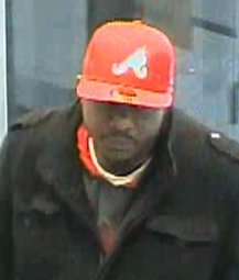 Continue reading: Do you know this guy? Toronto police release security images of suspected bank robber