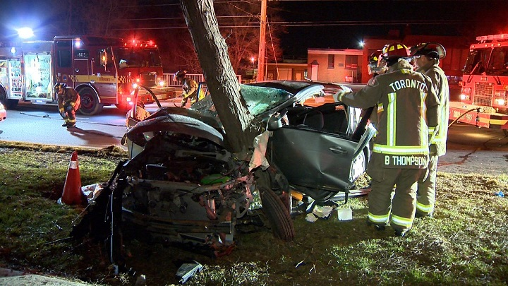 Scene of a single-vehicle collision in Toronto Sunday. Jeremy Cohn/Global News.