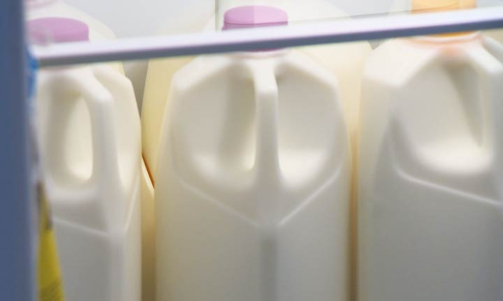 The Saskatchewan government is reminding recyclers that milk containers are now being accepted by SARCAN for a refund of the paid deposit.