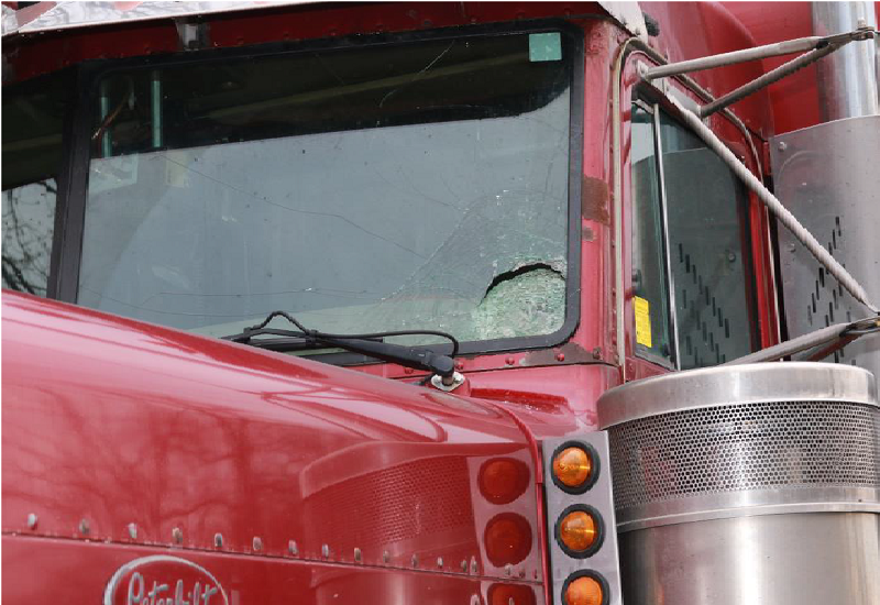 Ontario trucking association releases plan for improved road safety - image