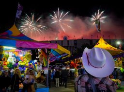 Continue reading: Calgary Stampede bringing annual fireworks display to other Alberta cities