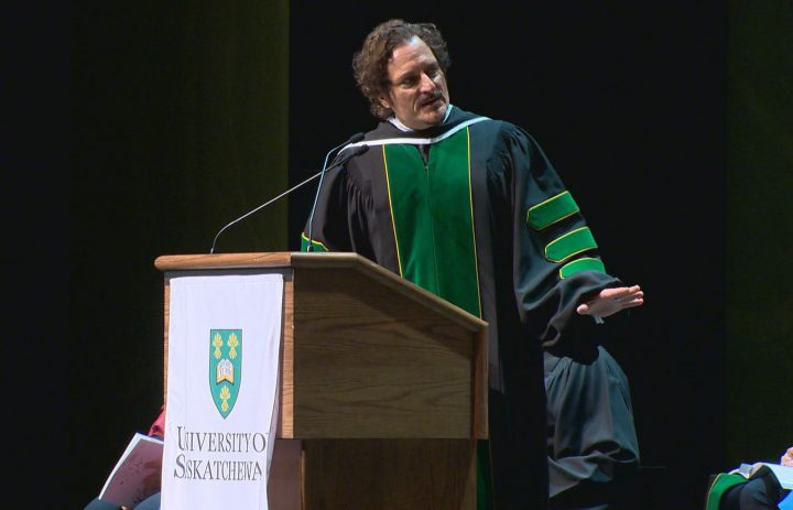 Saskatoon-born actor Kim Coates returned to his hometown to receive an honorary Doctor of Letters degree from the University of Saskatchewan.