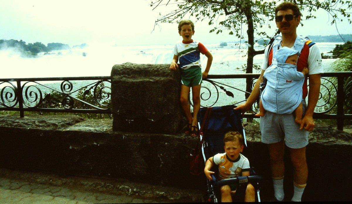 Global Saskatoon's Ryan Flaherty at Niagara Falls, many years ago. Got a Canadian family vacation photo to share? Use #CanVacay on social media or e-mail socialdesk@globalnews.ca.