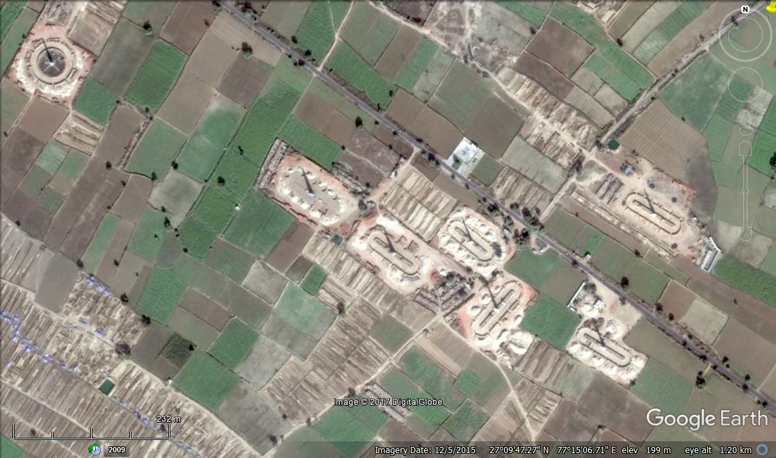 Brick kilns, which are often the site of forced slave labour in India, can be seen from Google Satellite images.