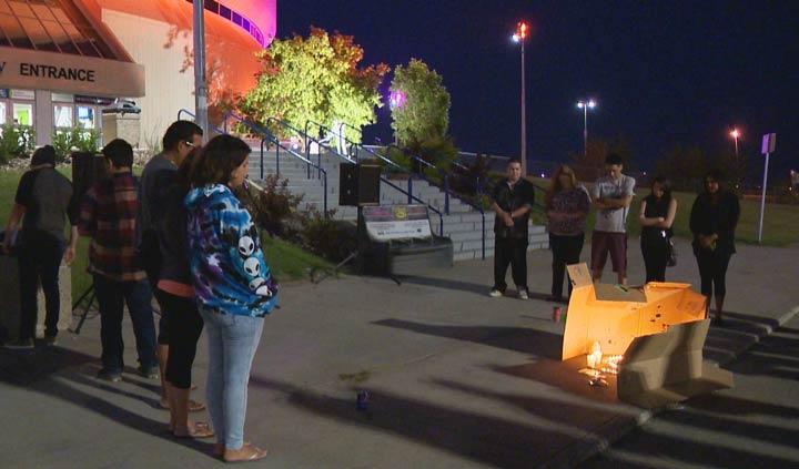 A Saskatchewan man says a memorial for Linkin Park singer Chester Bennington helped him with his depression.