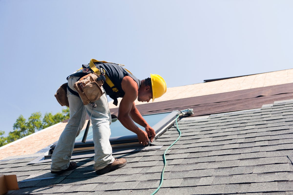 The province will be reaching out to small companies, like roofers, in an effort to reduce workplace injuries.