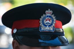 Continue reading: New police task force begins work on gun activity in London, Ont.