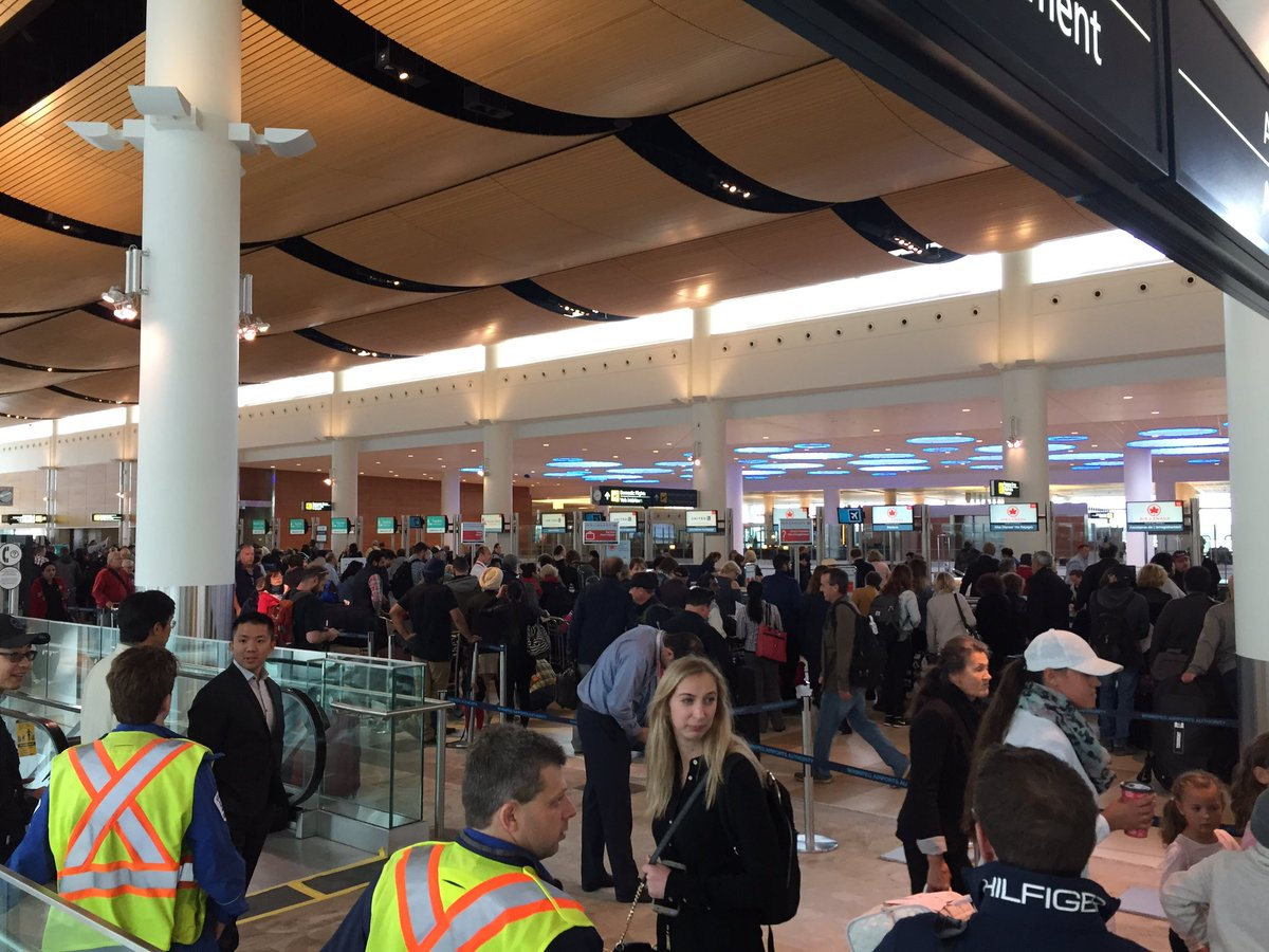 Lines at the Winnipeg airport after hour long evacuation.