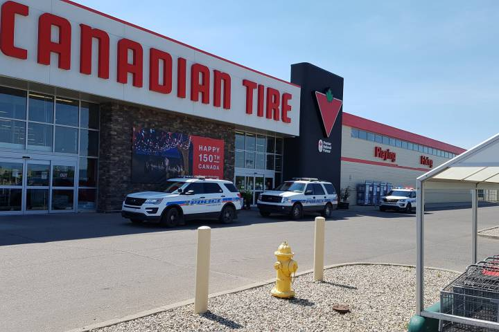 Regina Police will not be laying assault charges on a former Canadian Tire employee who was accused of assaulting a customer on July 26, 2017.