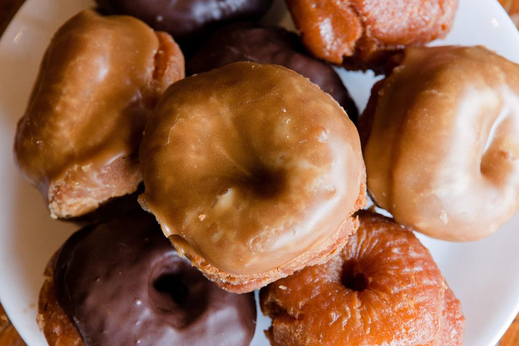 Neighbourhood Series: Honey's Doughnuts in Deep Cove - image