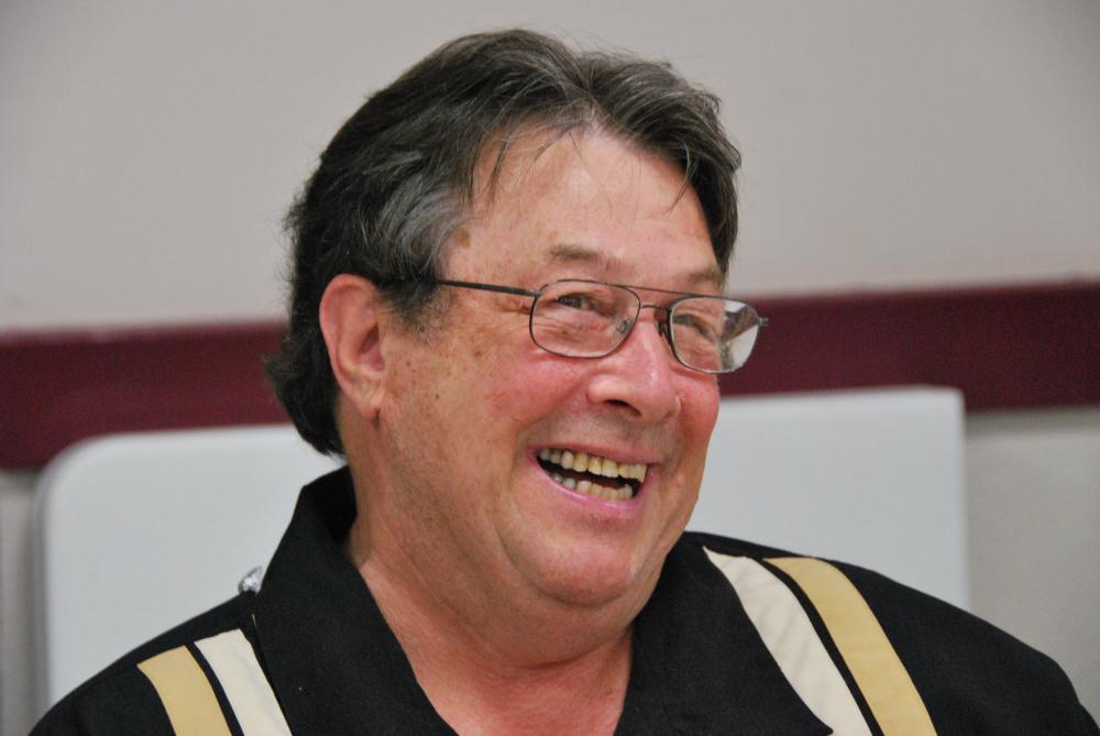 Long time Oliver councillor, Jack Bennest, is retiring from politics.