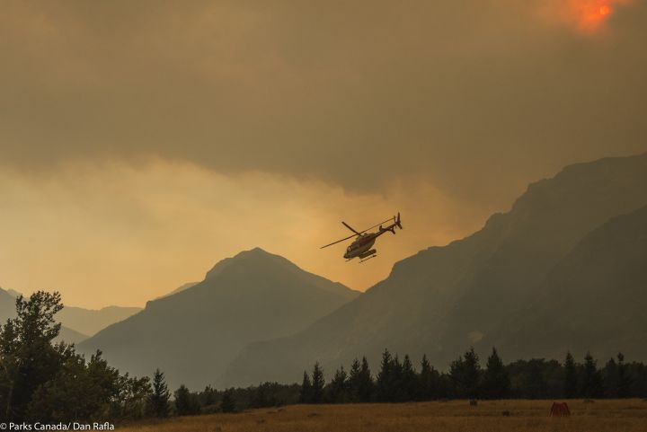 Waterton wildfire helicopter