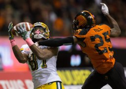 Continue reading: Edmonton Eskimos come from behind to beat B.C. Lions 35-29 in OT