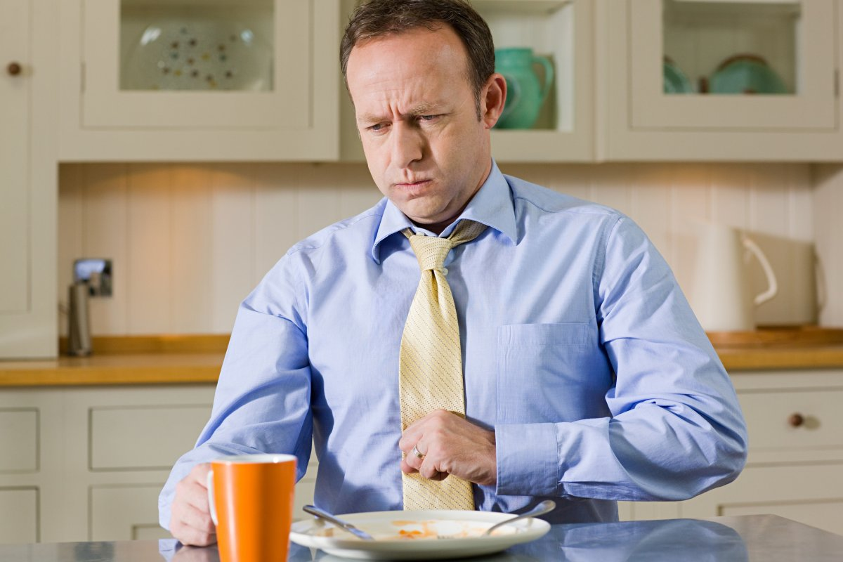 Try eating two to three hours before going to sleep to avoid heartburn, the College of Family Physicians of Canada says.