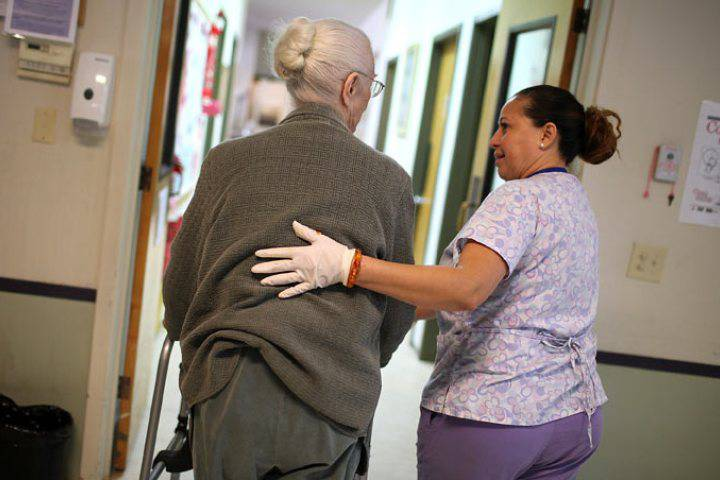 The treatment of patients who live in long-term care facilities has become an election campaign issue, with all major political parties promising to improve services at the state-run institutions.