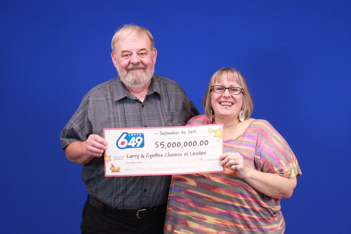 Larry and Cynthia Cluness of London won $5 million in the Sept. 23, 2017 LOTTO 6/49 jackpot.