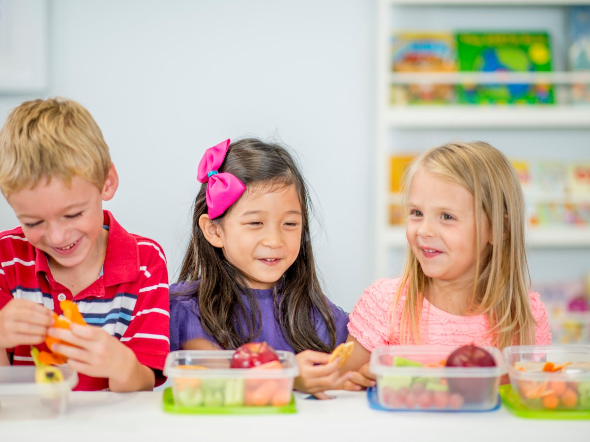 Some Canadian schools are switching up the lunch ritual with reverse lunch, where students go outside to play and then sit down to eat.