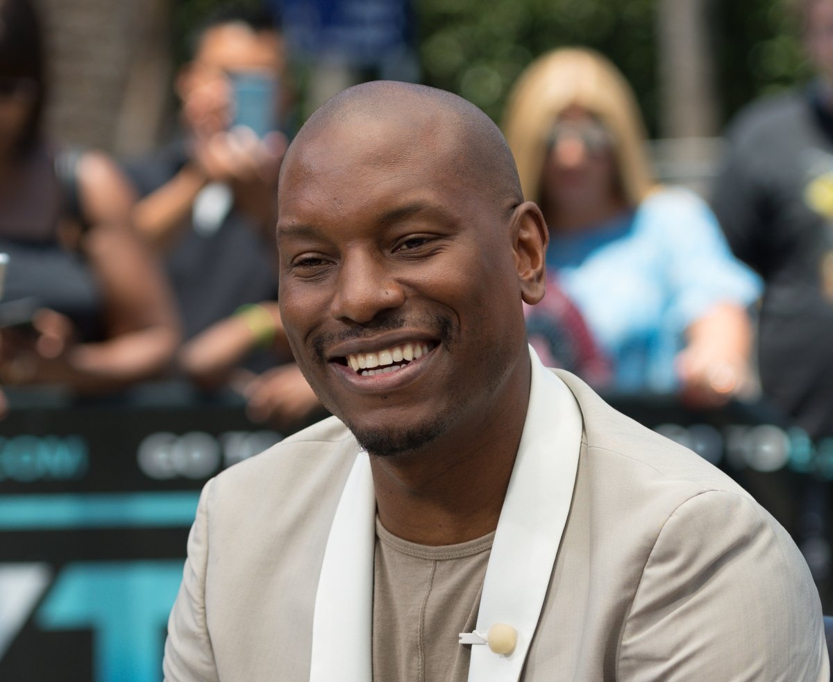 """Tyrese Gibson visits """"Extra"""" at Universal Studios Hollywood on July 14, 2017 in Universal City, California."""