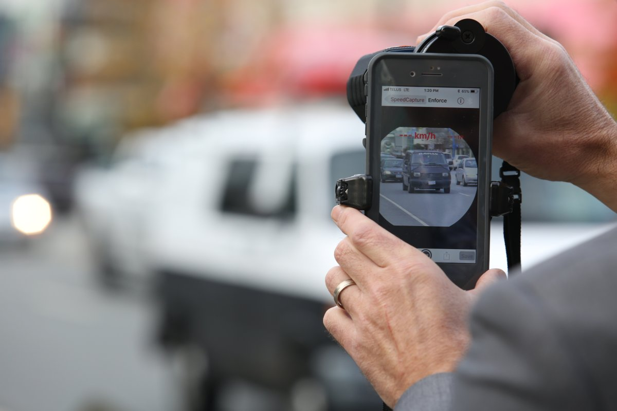 Police would be able to take a photo of the distracted driver and then show it to them after they are pulled over.