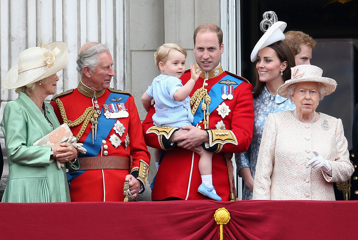(L-R) Camilla, Duchess of Cornwall, Prince Charles, Prince of Wales, Prince George of Cambridge,Prince William, Duke of Cambridge, Catherine, Duchess of Cambridge, Queen Elizabeth II, Prince Harry  look out on the balcony of Buckingham Palace during the Trooping the Colour on June 13, 2015 in London, England.