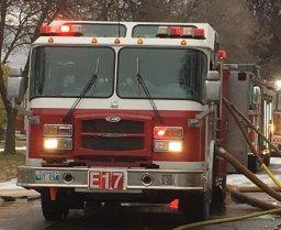 Continue reading: Two blazes keep Winnipeg Fire Paramedic Service crews busy on Saturday night
