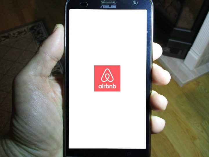 Toronto condo owner battles board over sharing unit with Airbnb customers - image