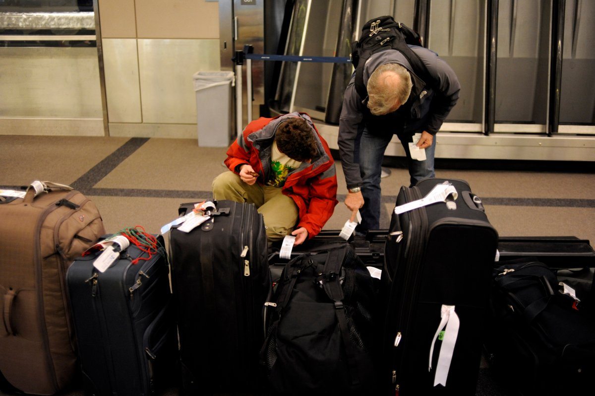 U.S. officials say American airlines lose an average of about 10,000 bags a day.