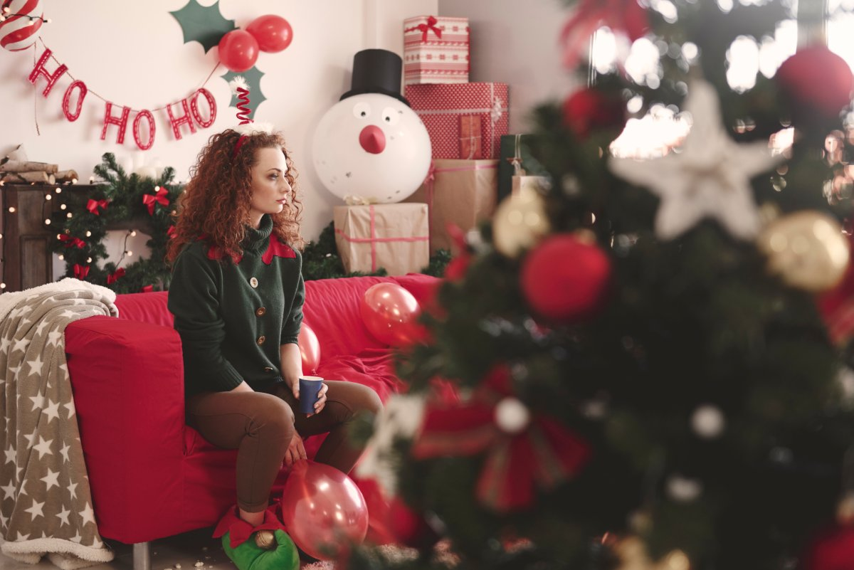 The holiday season is often dubbed the happiest time of the year, but for people living with depression or loneliness, it can get hard to stay in a cheerful mood.