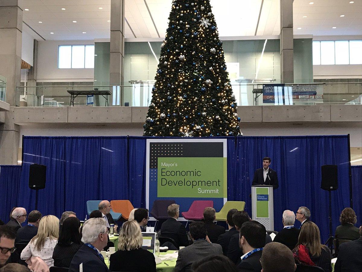 Mayor Don Iveson speaks at the Mayor's Economic Development Summit, Tuesday, Dec. 12, 2017.