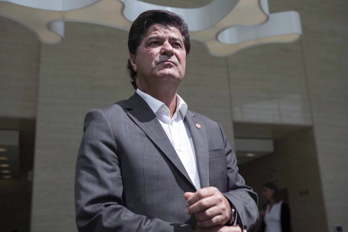 Unifor President Jerry Dias makes his way to speak to the press in Toronto on Friday, August 25, 2017.