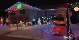 Continue reading: Cold weather slows donations at Edmonton's Candy Cane Lane