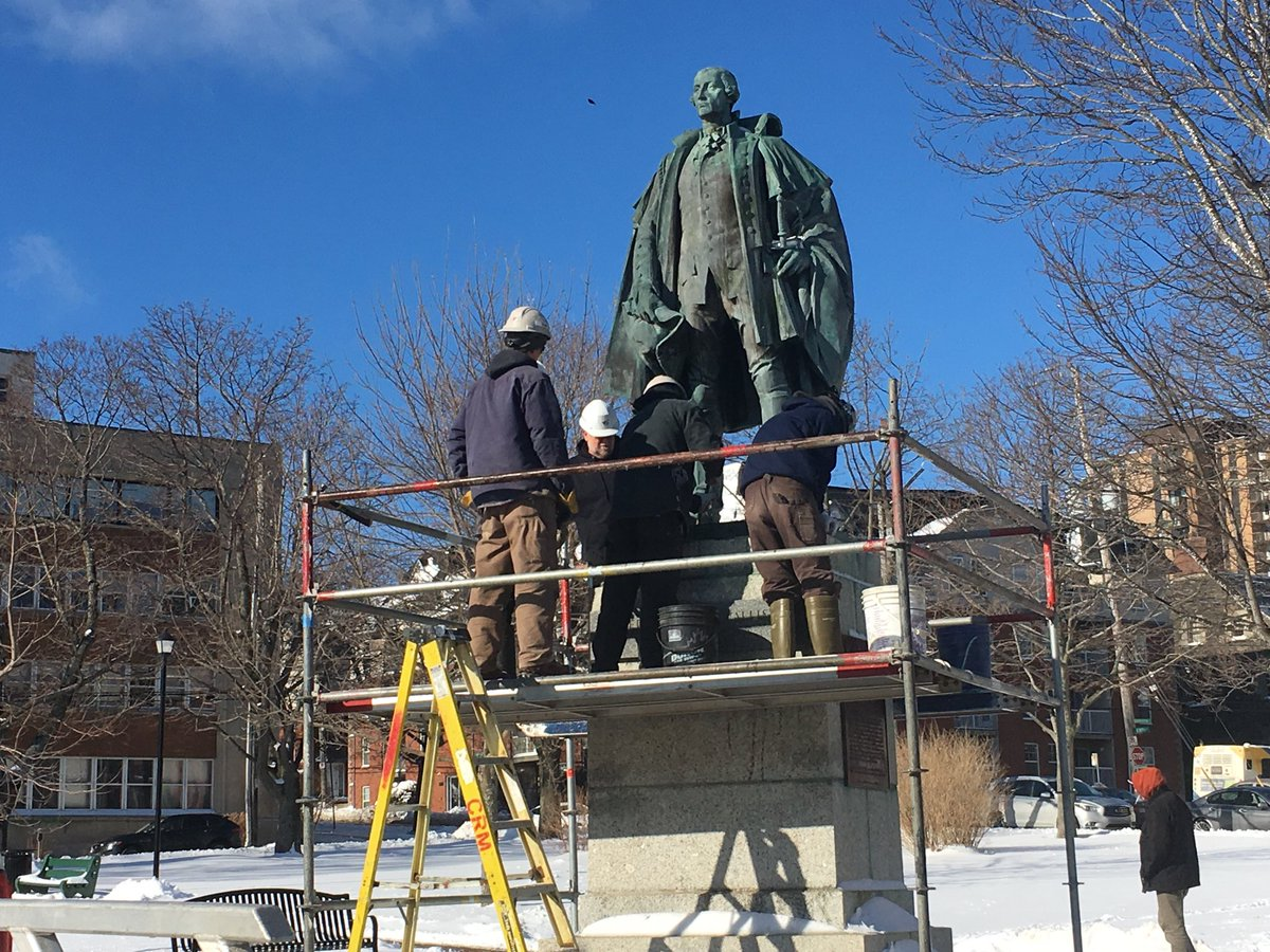 Crews have put up scaffolding around Edward Cornwallis statue in Halifax, one day after council voted to temporarily remove the statue of the controversial figure.