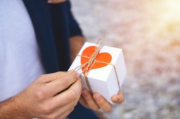 Continue reading: Valentine's Day gifts for him: 13 ideas under $50