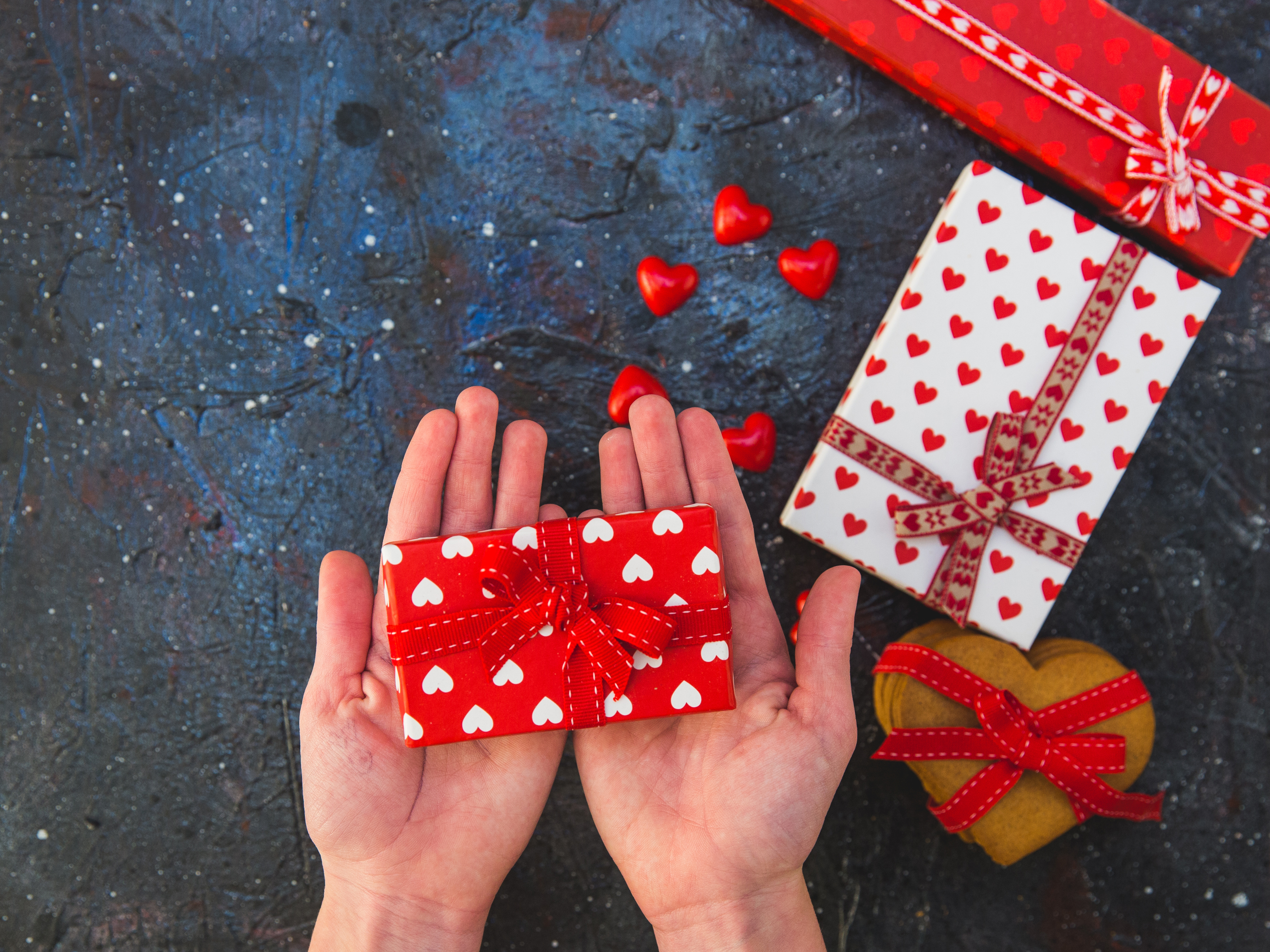 13 Valentine S Day Gifts For Her Under 50 National Globalnews Ca