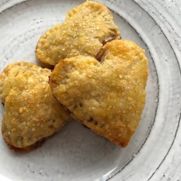 Continue reading: Recipe: Chocolate Pear Hand Pies