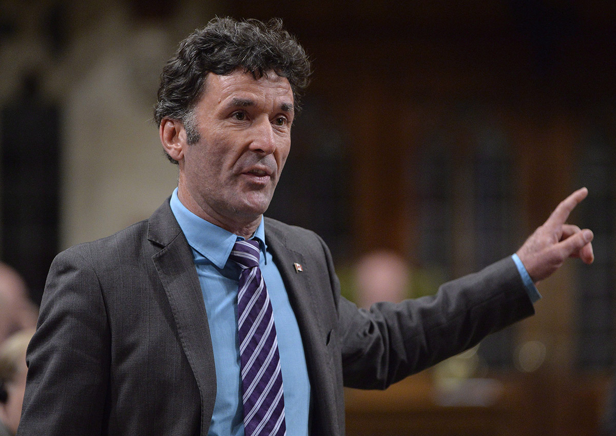 NDP MP Paul Dewar asks a question during Question Period in the House of Commons in Ottawa on September 29, 2014.