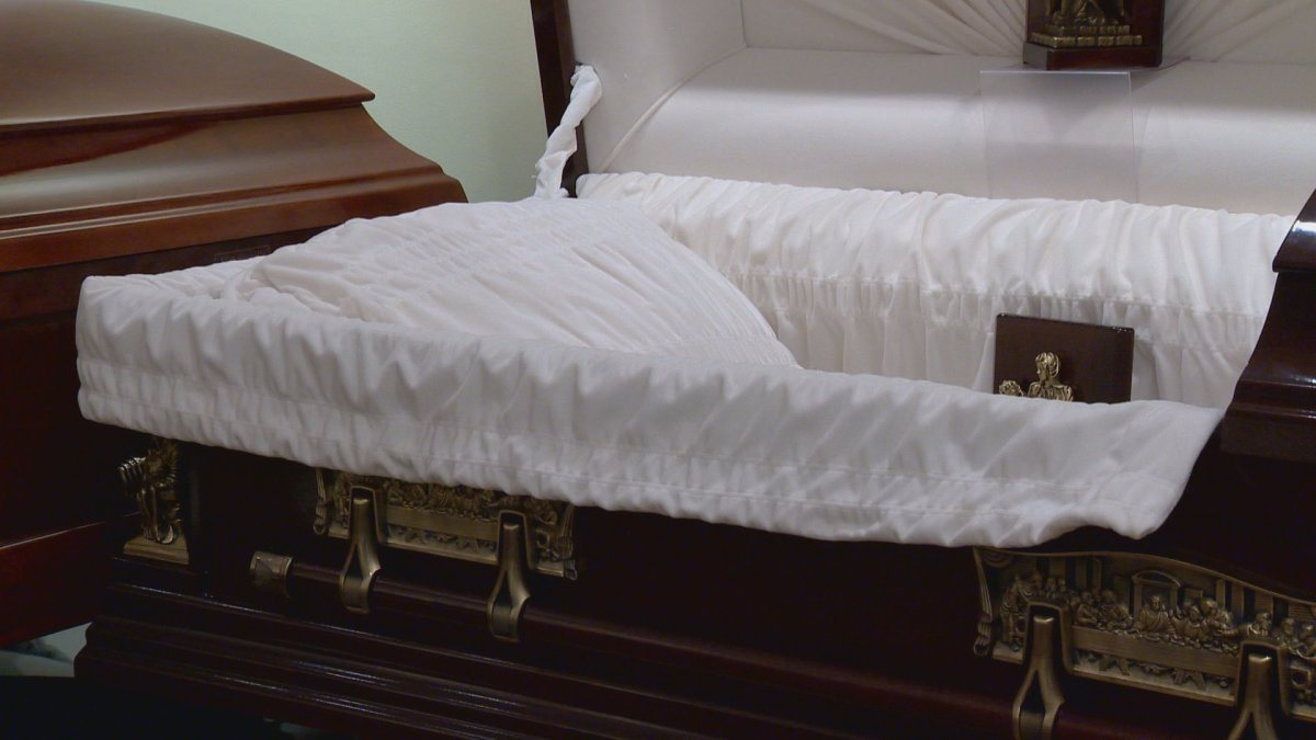 Winnipeg funeral home operator charged with forgery and fraud - image