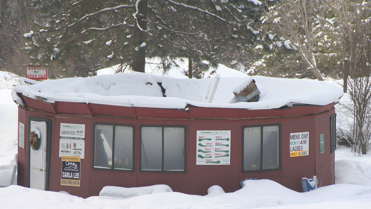 The Lumby Golf Course is raising money to rebuild after the roof of their clubhouse collapsed under the weight of accumulated snow.
