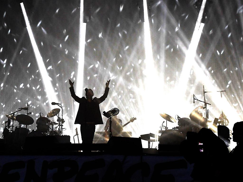 Radiohead performs on Day 2 of the Glastonbury Festival 2017 at Worthy Farm on June 23, 2017 in Glastonbury, England.